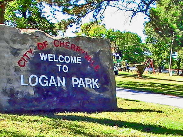 rsz_logan_park_sign
